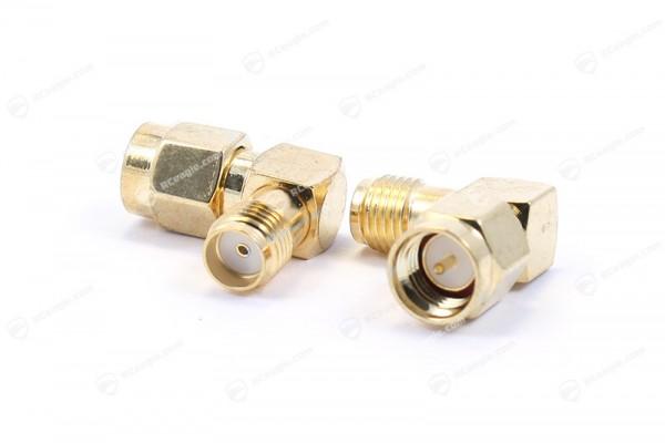 SMA Stecker / SMA Buchse 90 gewinkelt - Adapter Gold für Antennen Jack Plug Connector